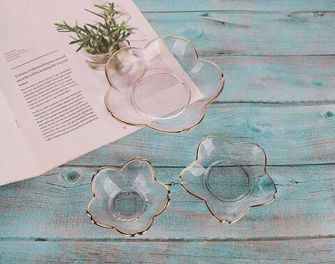 Plat en verre fait à la main en verre en forme de fleur de jante dorée