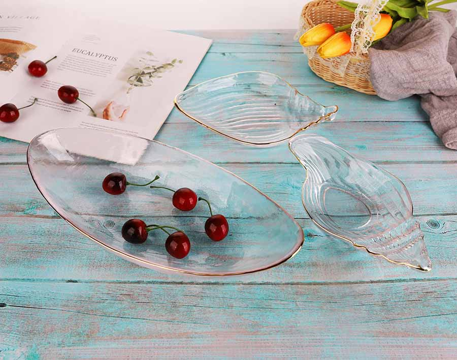 Unique Luxury Design Glass fruits plate Square with golden rim for home