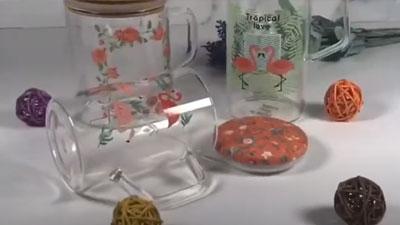 Bình đựng nước thủy tinh Borosilicate cao có tay cầm