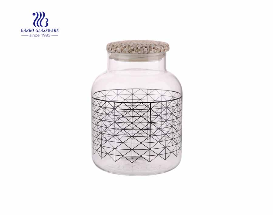 Large-capacity Airtight Glass Storage Jar with Decal for Food Storage