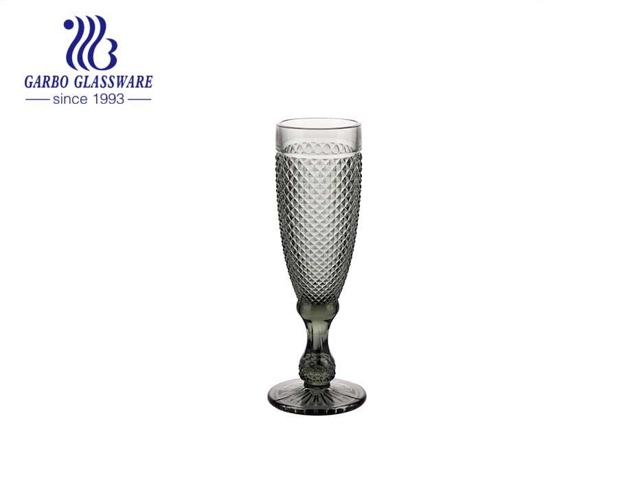 Trinkware Champagnerflöten mit einfarbigem 6er-Set mit Glaswaren