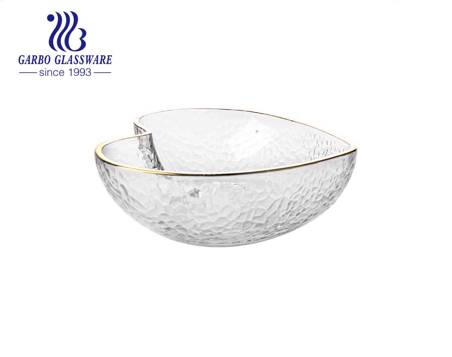 High quality heart shape hammer pattern glass salad bowl glass dinner bowl with golden rim for home hotel use