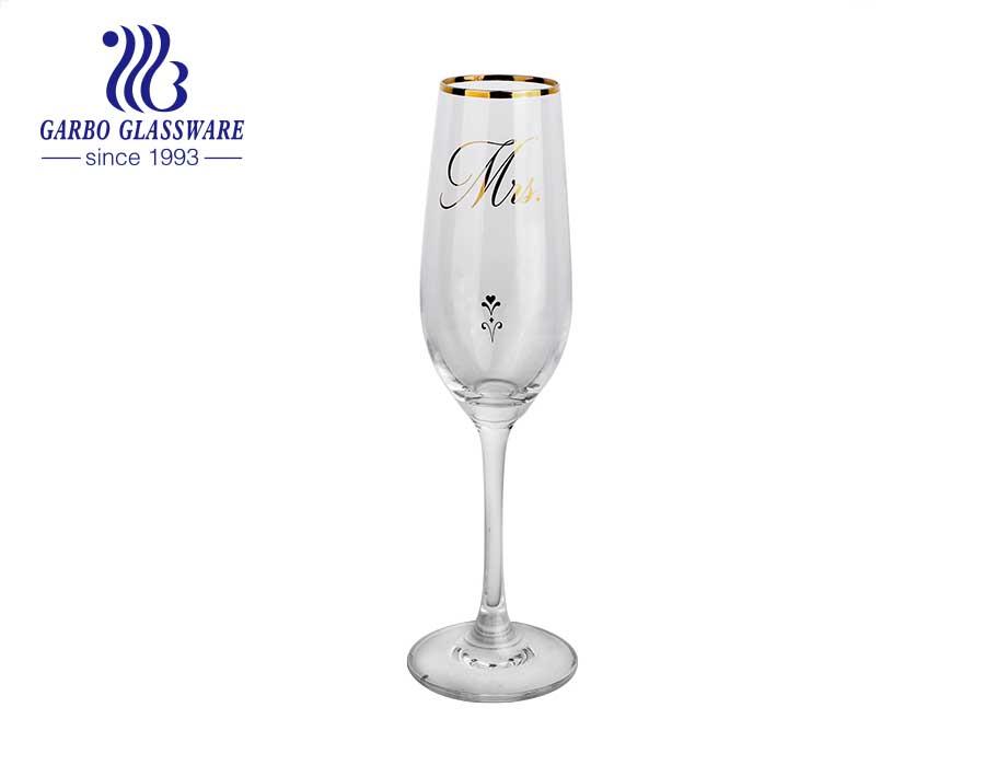 Diseño de calcomanía Copa de vaso de agua con borde dorado Copas de vidrio de agua Copa de vino Copas de vino