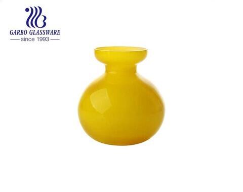 Vasos amarelos de vidro extravagante de 4 polegadas Vaso de mesa alto decorativo