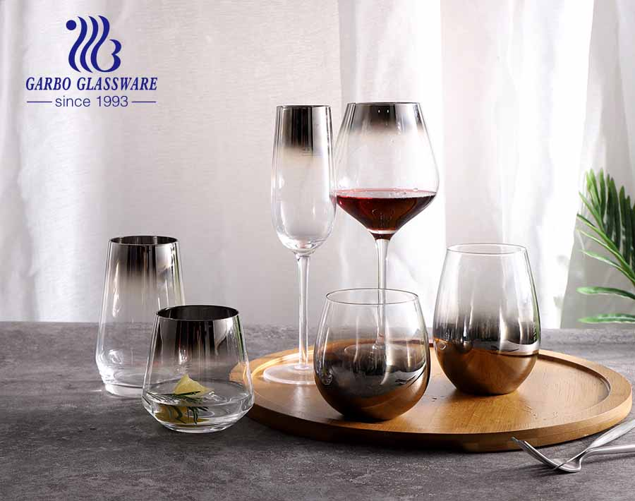 High end luxurious golden rim glassware set glass goblet and tumbler for dinner time