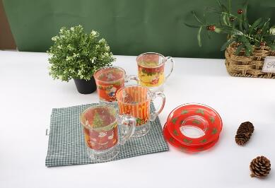 Do you know what kind  of glass cup and glass jug  suitable for Christmas  gift order promotion