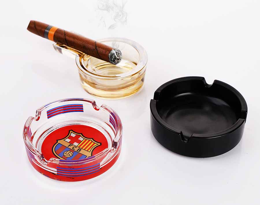 American best-sell clear glass ashtray with specially designed decals OEM design acceptable