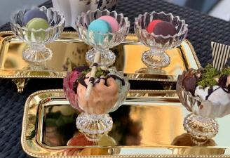 The multi usage methods of glass ice cream cup and bowl
