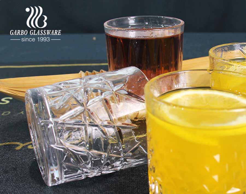 2020 تصميمات جديدة حصرية 8 أوقية كوب زجاجي لمشروبات عصير الويسكي