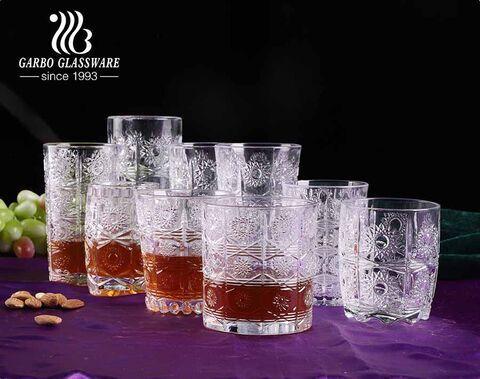 Copas de vidrio de girasol grabadas en Bohemia para los mercados de Turquía en Oriente Medio