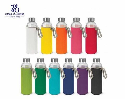 Botella de cristal botella de cristal deportiva al aire libre colorida 18oz con paño resistente al calor