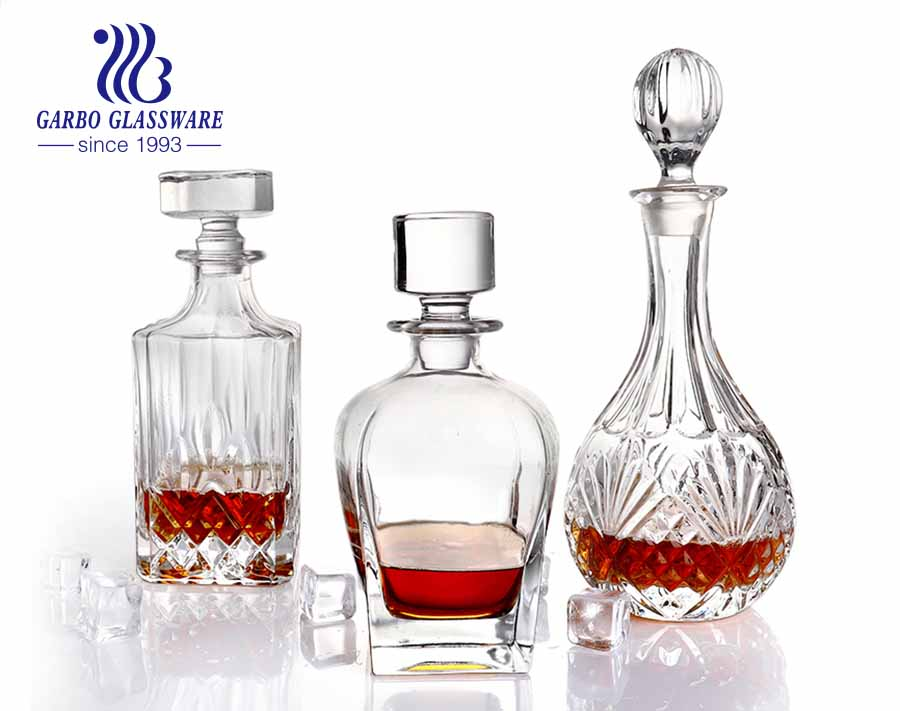 Airtight Seal Engraved Wine Decanter Crystal Whisky Decanter and Glasses Set with tap