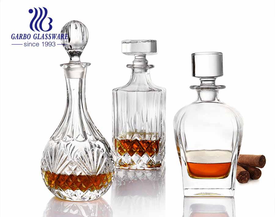 Luftdichtes Siegel Gravierte Weinkaraffe Kristall Whisky Dekanter und Gläser Set mit Wasserhahn