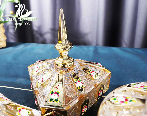 Wholesale Uzbekistan elegant golden plated and flower three feet glass candy jar with lid on pedestal