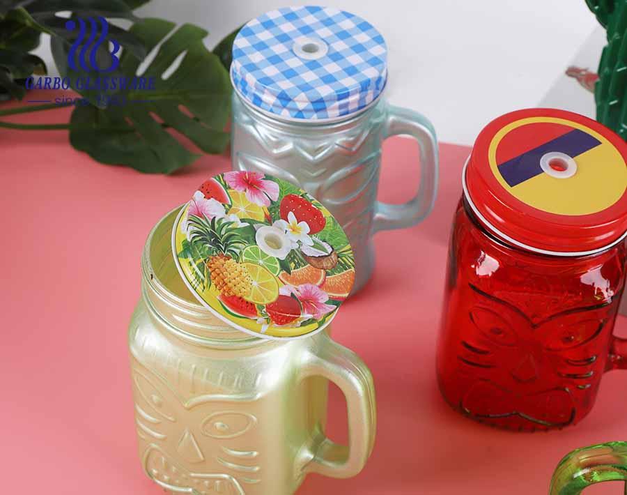 Vasos de beber de tarro de albañil de diseño de color especial de tamaño regular 475ml con tapa de metal