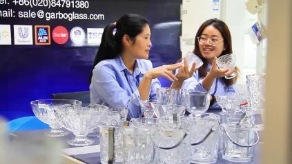 128ª Canton Fair China, edição online com Major e Sophie
