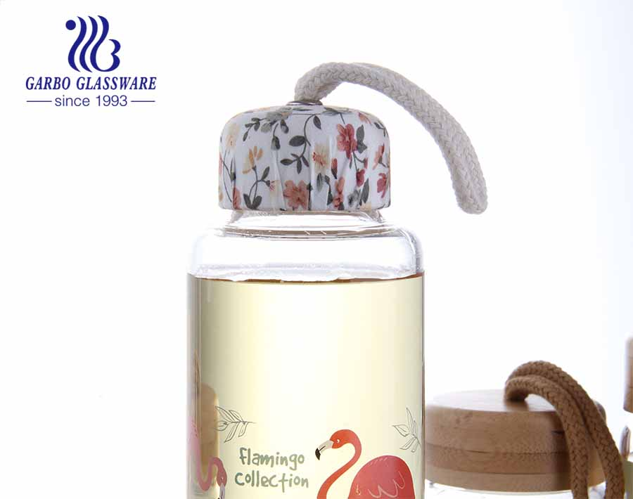 9oz Flamigo Design Borosilicate  glass bottle lead free water storage bottle with bamboo lid or cloth lid