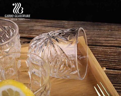Forma de huevo taza de vidrio de té de jugo de whisky grabado de 8 oz con diseños privados de cristalería Garbo