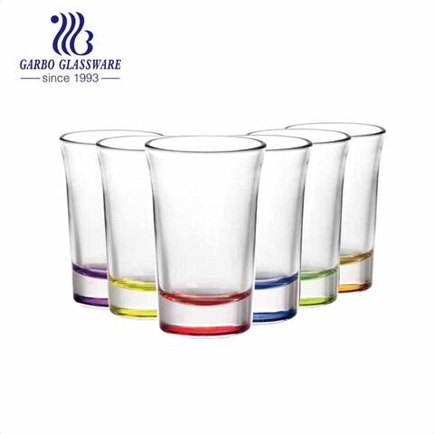 1.5 Unzen Lager benutzerdefinierte Sprühfarben Schnapsgläser Souvenir Glasbecher für Spirituosen