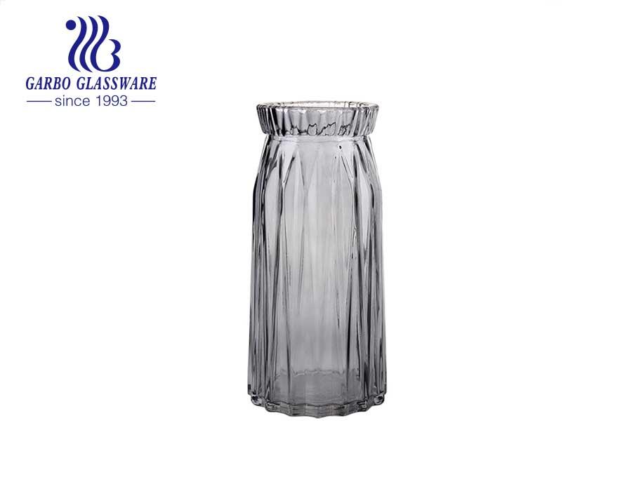 Vintage Amber Glass flower holder glass vase  Tabletop Fashion 9.5 Inch Height  Ideal home decoration Wedding Use Glass bottle