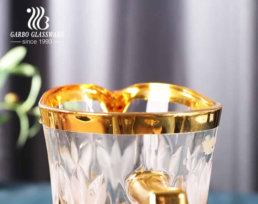 Jarro de água de vidro com revestimento eletrônico dourado de design clássico 7 PCS com adesivo de flor para festa de hotel