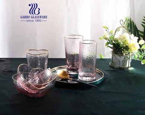 Padrão de martelo rosa cereja feito à mão forma de coração de vidro copos de água taça de vidro com borda dourada definida para jantar de festa de casamento