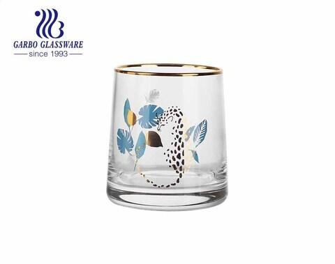 Vaso de bebida de jugo de taza de vidrio soplado hecho a mano de MOQ bajo con borde dorado de lujo y pintura animal