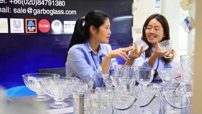 128 معرض كانتون الصين ، إصدار عبر الإنترنت مع الرائد وصوفي