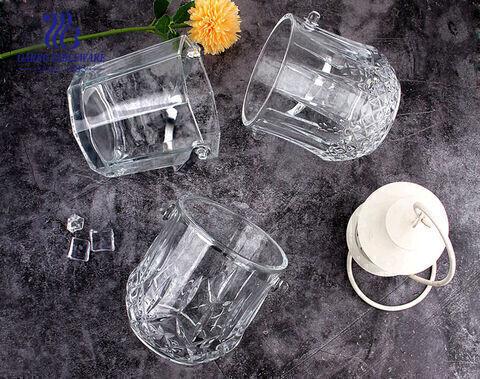 دلاء ثلج زجاجية ذات تصميمات كلاسيكية بمقبض من الفولاذ المقاوم للصدأ تستخدم في ديكور المنزل البار