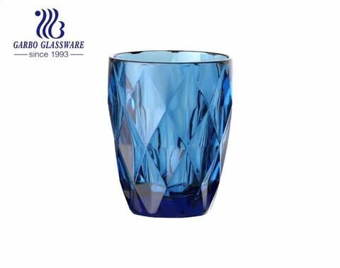 Vasos de vidrio de color en aerosol de alta calidad de 8 oz para agua de jugo que bebe un nuevo diseño de diamante