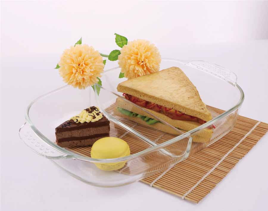 Rectangle Pyres Glass Baking Plate with Divider Suitable for Microwave and Oven