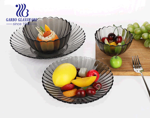 7.5 inch handmade chrysanthemum design clear solid black color glass deep fruit plates