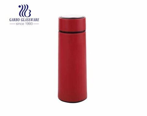زجاجة تخزين زجاجية للأماكن المغلقة باللون الأحمر 400 مل زجاجة رياضية مع غطاء