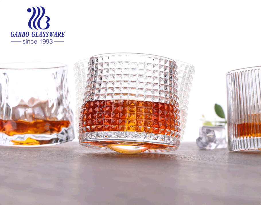 Nordic style engraved whisky glass cup with rotating spinning base