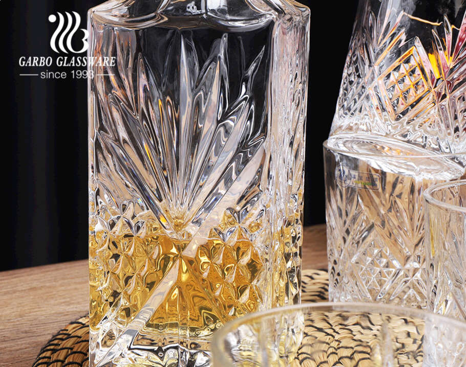 7-pc Garbo whiskey decanter set w/ 4 pieces 10oz drink tumblers Bourbon Scotch Brandy Whisky decanters