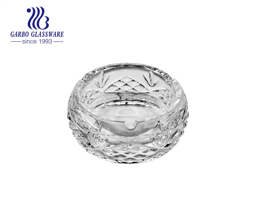 Middle-size Crystal Glass Ashtray with Snowflake Embossed Pattern Design