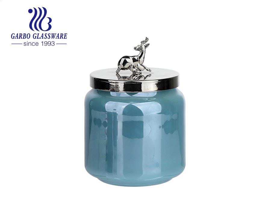 Hộp đựng nến thủy tinh màu xanh dương 530 ml có nắp đậy bằng kim loại
