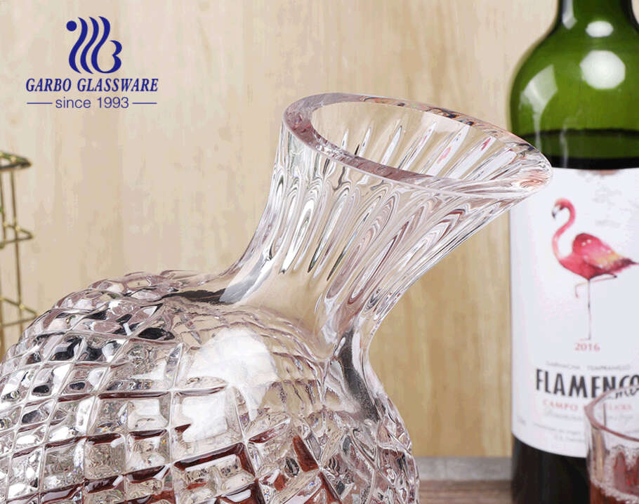 High quality engraved rotating decanter gyro red wine crystal creative home decor luxury whiskey decanters
