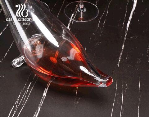 أواني زجاجية بشعار مخصص مصنوع يدويًا تصميم فريد من نوعه على شكل ختم شفاف إناء نبيذ