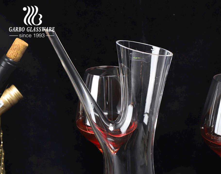 Bình đựng rượu pha lê không chì Garbo thủ công tùy chỉnh bình đựng rượu hình dạng độc đáo