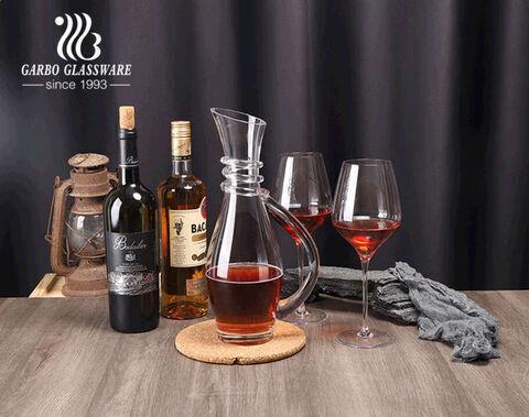 Bộ bình rượu thủy tinh làm bằng tay chất lượng cao phục vụ rượu với thiết kế xoắn ốc trên cổ có ly