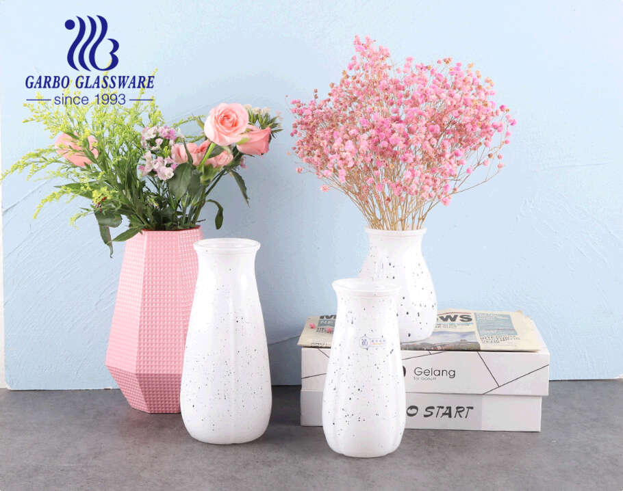 Fashion white and black glass vase Artificial Flowers Tabletop Kitchen Home Indoor Decoration