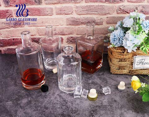 Bình đựng rượu whisky thủy tinh hình tròn và vuông cổ điển Chai thủy tinh đựng rượu whisky đơn giản và trong suốt
